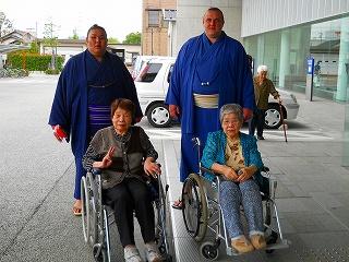 お相撲さん6月26~ 009.jpg