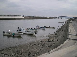 手掘り漁 2月17日 2.jpg
