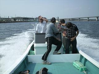 船下ろし6月17日 003.jpg