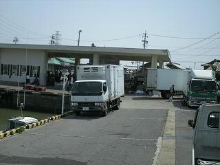 成田商事さん in栄生港