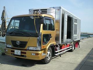 丸光水産 新車のトラック