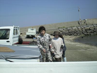 ヤマヨ商店さん in吉田漁港