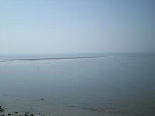 堤防から見た海2